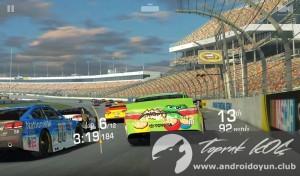Real Racing 3 v4-0-3-mod-apk-para-hile-2